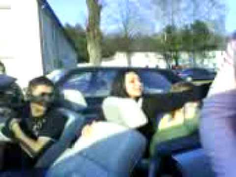 Kolo Arap se voze na bmw vo lippstadt