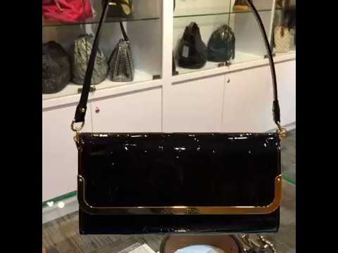 06522ba3cb40 LOUIS VUITTON Monogram Vernis Rossmore MM Clutch - YouTube