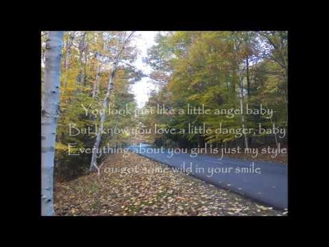 Wild in your Smile | Dustin Lynch (Lyrics)