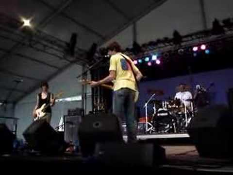 stephen malkmus playing a new song (better audio source)