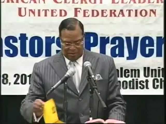 "Minister Farrakhan: ""That's A Murderer In The White House!"""
