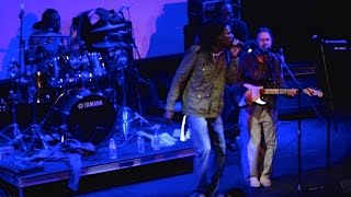 Kenyatta Hill ft. Christos DC - Jah Is My Friend Live at ...