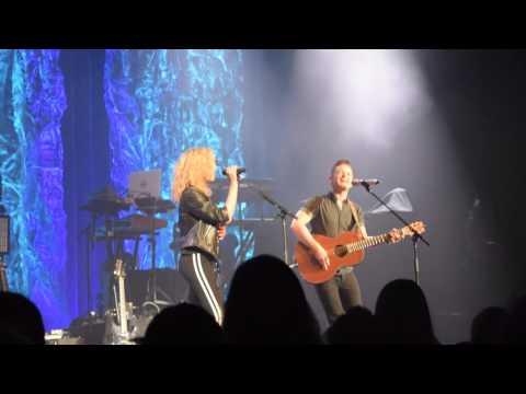 Tori Kelly and Hunter Hayes - Wanted - Nashville 2016