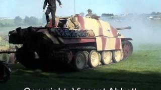 JAGDPANTHER - Firing it's main 88mm Gun.