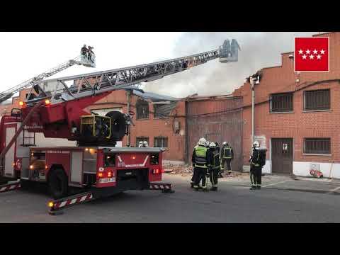 Incendio industrial en Humanes