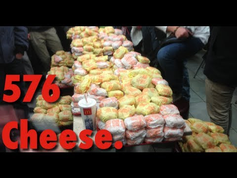 -OFFICIAL- 576 Cheese. order at St-Eustache McDonald's