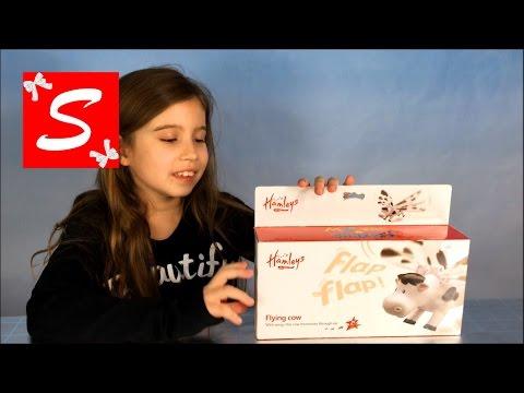 Мисс Кети Летающая корова распаковка игрушки цепляем к потолку Flying cow unboxing toy and playи другое видео для детей