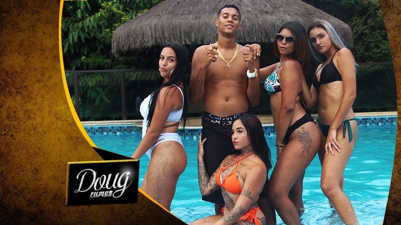 MC MAGRÃO - VAI CHACOALHANDO (CLIPE OFICIAL) Doug Filmes