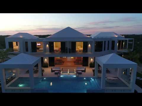 Triton Luxury Villa - Long Bay Beach