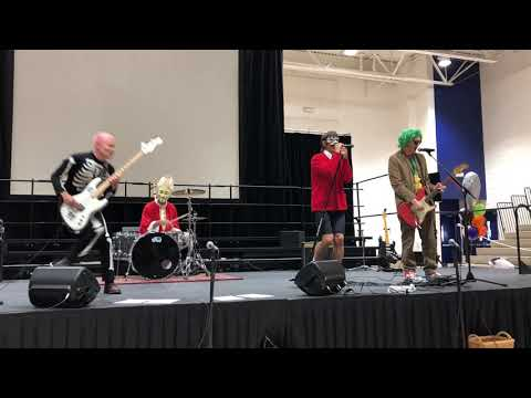 Great Pumpkin Day 2018: The Red Hot Chili Peppers perform