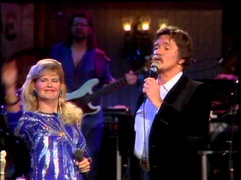 Sweethearts of The Rodeo, Ed Bruce and Lynn Anderson | Live at Church Street Station