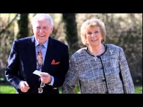 Irish singer Val Doonican died age 88