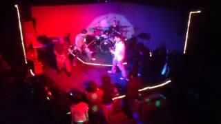 Dayuhan - Taong Grasa, Tikbalang, at Rock Collision 4