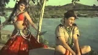Sheekha Nanhi Sabak Tune_Sapno Ka Saudagar 1968.flv