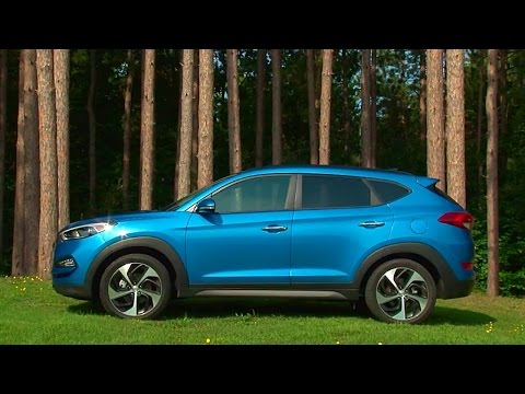 2016 Hyundai Tucson TestDriveNow.com Review by Auto Crirtic Steve Hammes