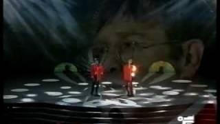 "Elton John ""True love""  1993"