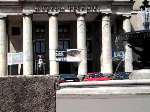 Przykładowy film fontanna Pałac Kultury i Nauki  Samsung Omnia Lite