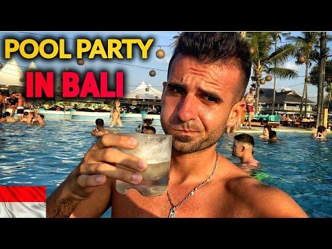 beat-mort-in-cel-mai-smecher-loc-din-bali-(finn's-beach-club)