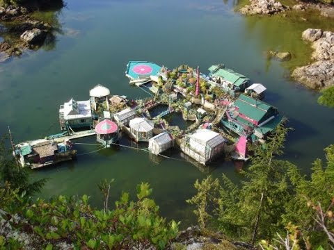 Canadian Couple Live on Amazing Man Made Floating Complex Miles Away from Civilization