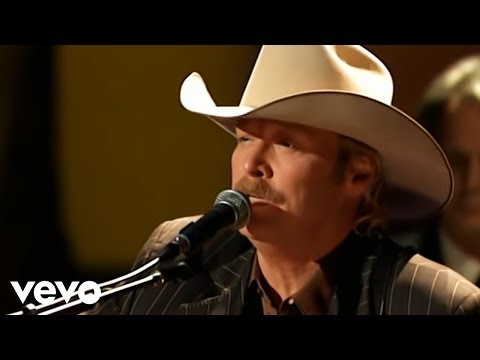 Alan Jackson - I Love To Tell The Story (Live)