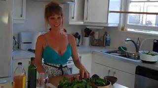 Healthy On A Budget - Spinach Strawberry Salad - Meal For 2 Under $10