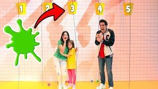 NON SCEGLIERE IL SECCHIO SBAGLIATO!!! (Shower Quiz Challenge)