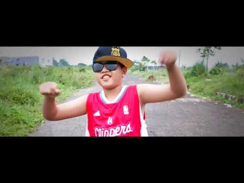 video clip cover Lil' Rascal - Gue Kece