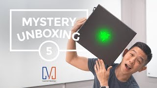 Mystery Unboxing: Badass gaming accessories 😎