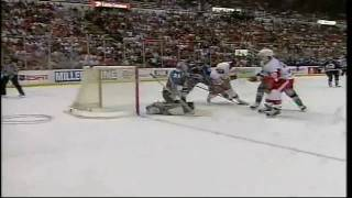 Video Avalanche @ Red Wings Game 7 2002 (1st Period Highlights) download MP3, 3GP, MP4, WEBM, AVI, FLV November 2017