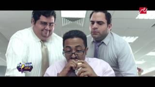 بالفيديو.. 'أشرف يقدمه أيمن' يسخر من حالة الموظف آخر الشهر