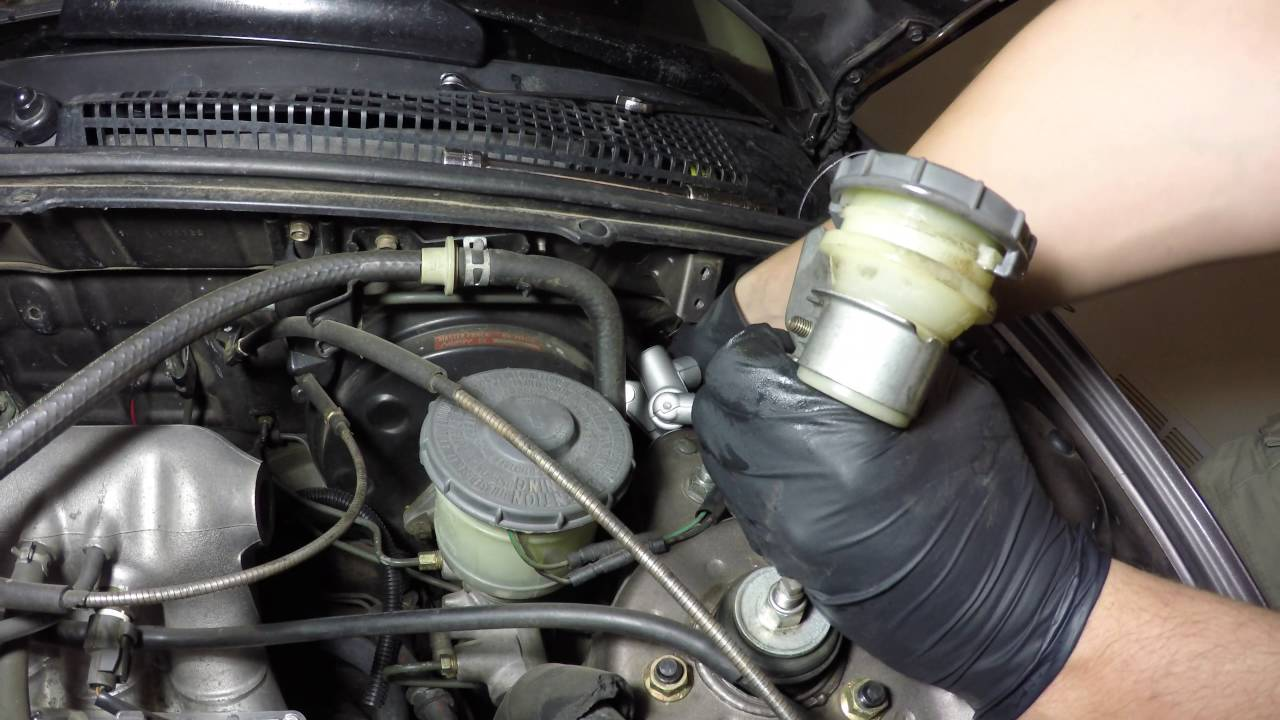 Honda Accord Clutch Master Cylinder Replacement Cb7 Youtube