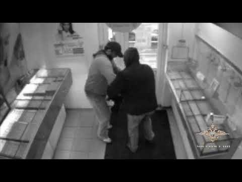 В Санкт-Петербурге предъявлено обвинение женщине, подозреваемой в совершении разбойных нападений