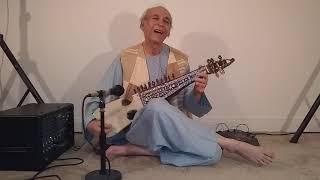 Gul de pa zulfo -Old Afghan Song performed by Wali Raoufi