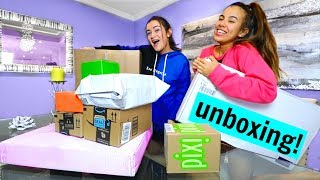 Roommates have a Shopping Spree! Huge Haul!