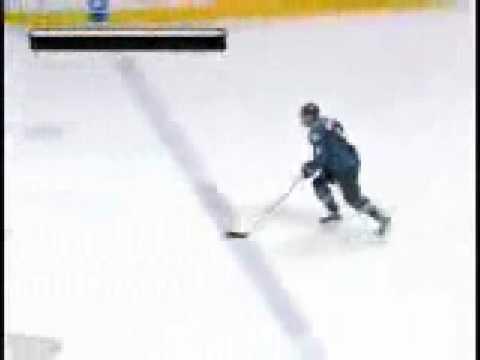 Wojtek Wolski Shootout Goal 12-27-08 Detroit Red Wings @ Colorado Avalanche
