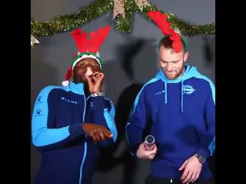 Ghana star Wakaso in funny Christmas celebration with Alaves team-mate