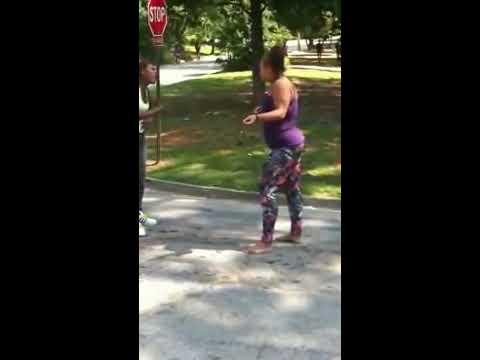 Girl Fight in Street 2014 , Fight in street NEW - HappyTV