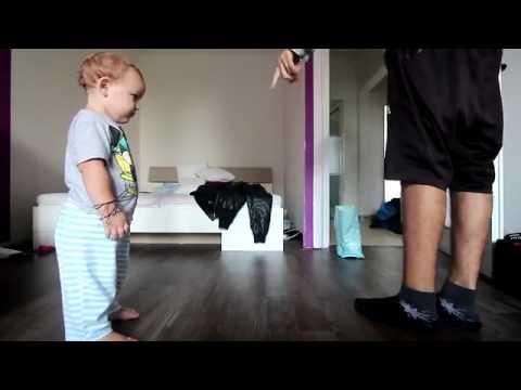 Padre e hijo protagonizan adorable duelo de 'breakdance'