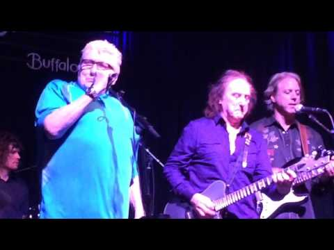 Denny Laine and Chris Farlowe -