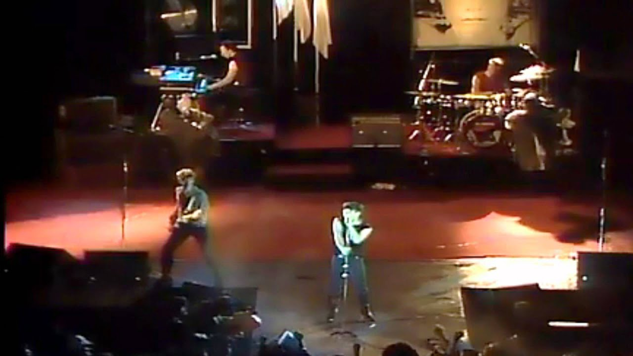U2 Octobernew Years Day Red Rocks 1983 1080p 169 Full Hd Youtube