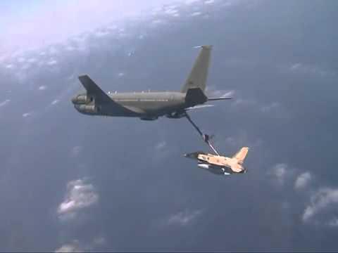 Israel Air Force Refuels Mid-air