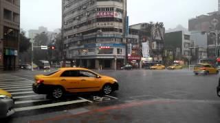 2015.07.28 南京東路 午後大雷雨