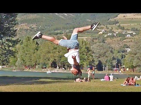 Opmerkelijke Acrobat voert stunts uit in Lyon
