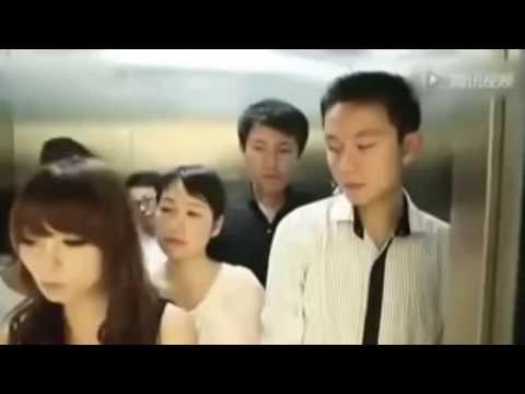 TERBARU !!! Si Cewek Ngajak Gituan Di Lift Saking Pengennya.. Padahal Kondisi Rame