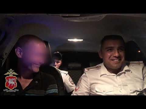 Kerch.FM: В Керчи поймали пьяного мопедиста без прав