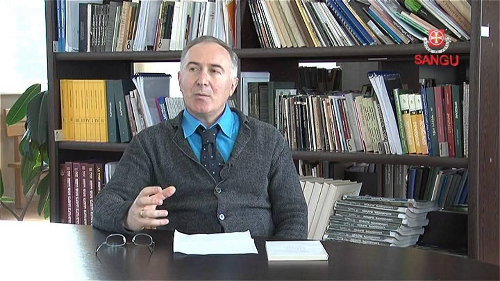 პროფესორი დიმიტრი ნადირაშვილი კითხულობს ლექციას განწყობის ანთროპული თეორია