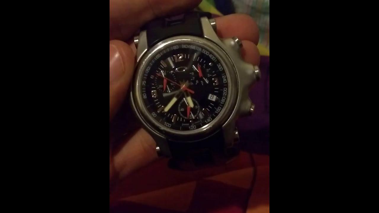 7405ace7b54 Relógio Oakley Holeshot raridade - YouTube