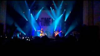 All Time Low - Lost In Stereo (Live at the o2 Academy Glasgow - Kerrang Relentless Tour 2010)