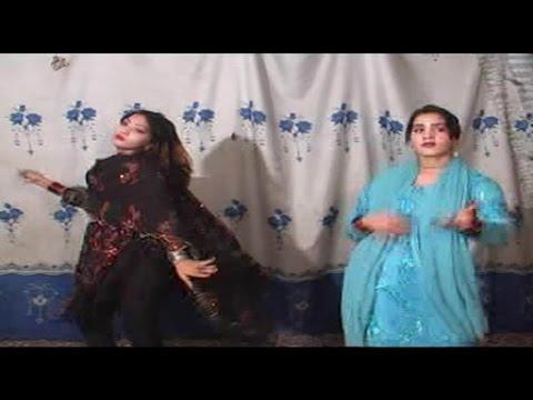 Wazir Khan, Saddam - Wakhtara Pandi Tappay - Pashto Regional Song With Dance