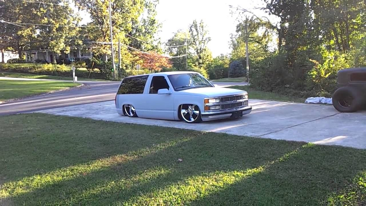 Bagged Stock Floor Bodydropped Chevy Tahoe On 24 S Sfbd